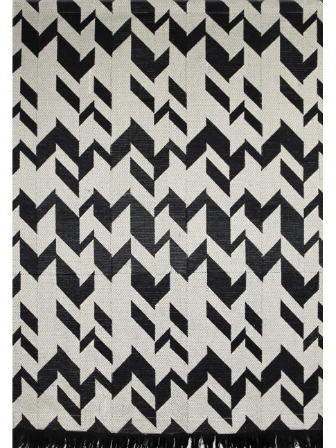 Arrows Wall Hanging Black White
