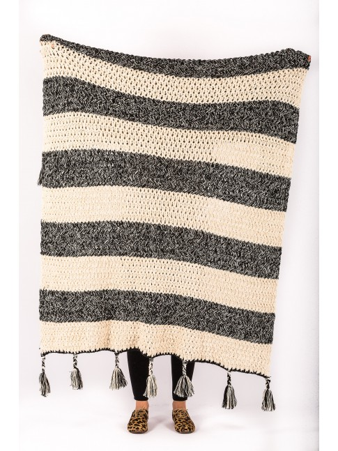 Hand Loomed Zari Throw Black